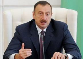 Azerbaijani President receives former UK Secretary of State for Defense