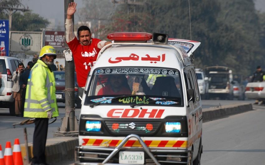 Pakistanda qasırğa nəticəsində ən azı 9 nəfər həlak olub