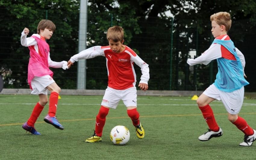 İngiltərənin Arsenal klubu Türkiyədə futbol akademiyası açıb