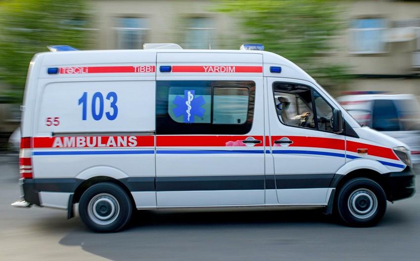 Abşeronda avtomobil ana və 2 azyaşlı övladını vurdu