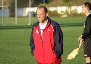 Klub prezidenti 54 yaşında rəsmi matçda oynadı