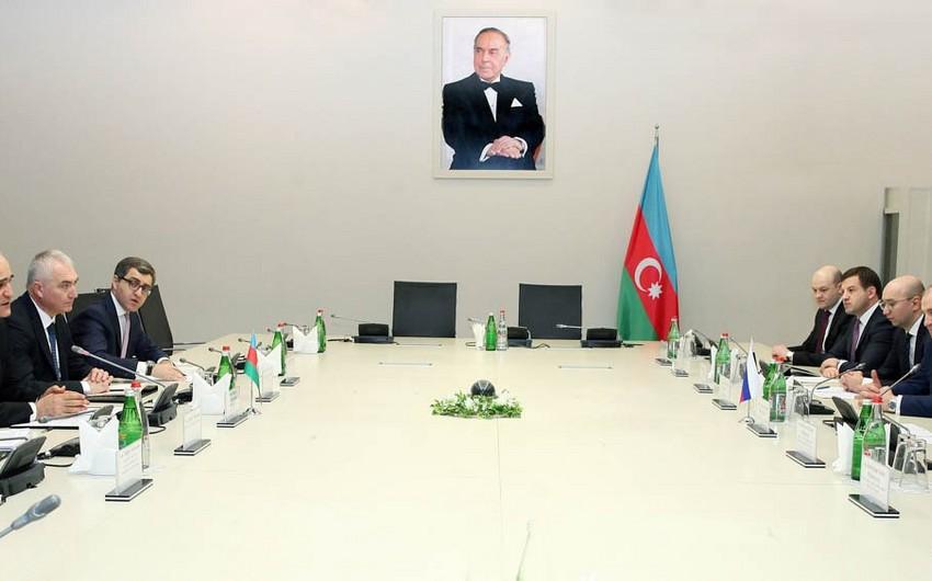 Azərbaycan Rusiyanın Qaraçay-Çərkəz bölgəsi ilə iqtisadi əməkdaşlığı genişləndirir