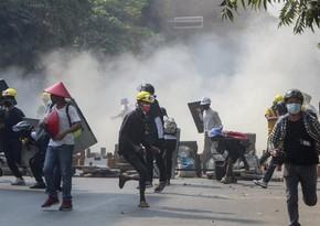 Число погибших в столкновениях в Мьянме превысило 550