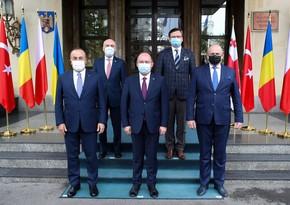 Чавушоглу: Мы поддерживаем территориальную целостность Грузии и Украины