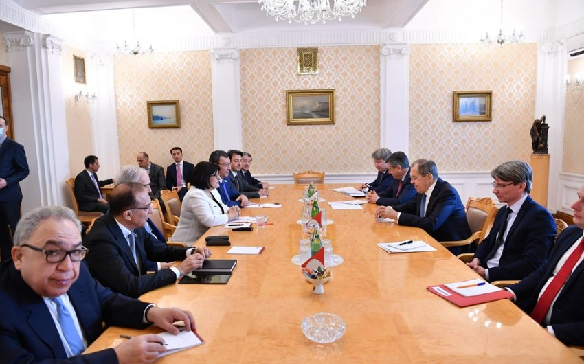 Sahiba Gafarova holds meeting with Sergey Lavrov