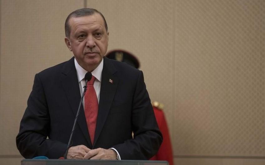 Türkiyə prezidenti ölkədəki erməni kilsəsinin başçısına məktub ünvanlayıb