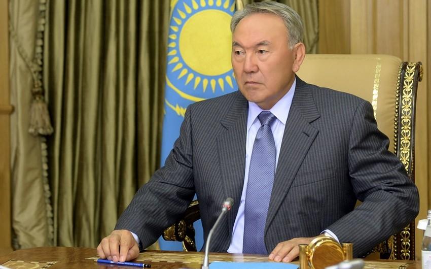Nazarbayev nüvə sammitinin Qazaxıstanda keçirilməsini təklif edib