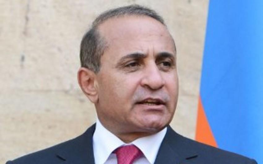 Ermənistanda hakim partiyanın qurultayı təşkilatdaxili qalmaqala görə təxirə salınıb