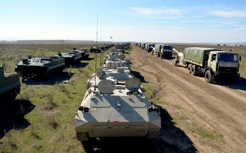 Azərbaycan Ordusunun reaktiv artilleriya divizionları atəş mövqelərini tutublar - VİDEO
