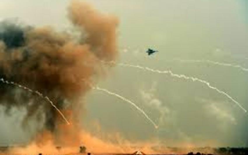 Pakistanda yaraqlıların silah-sursat bazaları və tunelləri bombalanıb