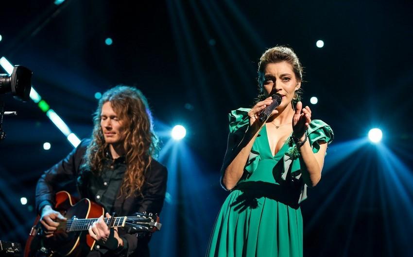 Latviyanın Eurovisiondakı təmsilçiləri Azərbaycan mahnısı oxuyublar