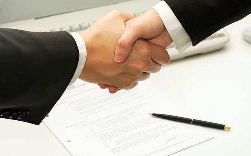 Hesablama Palatası ilə İqtisadiyyat Nazirliyi anlaşma memorandumu imzalayıb