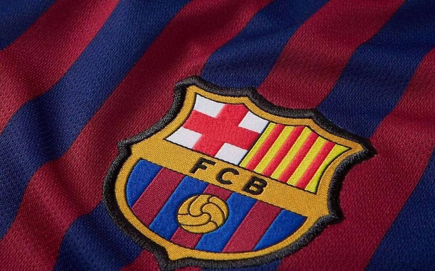 Barselona futbolçularının maaşlarını azaltdı