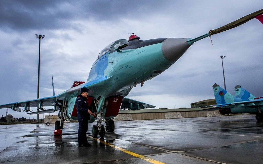 Criminal case launched into Mig-29 fighter crash in Azerbaijan