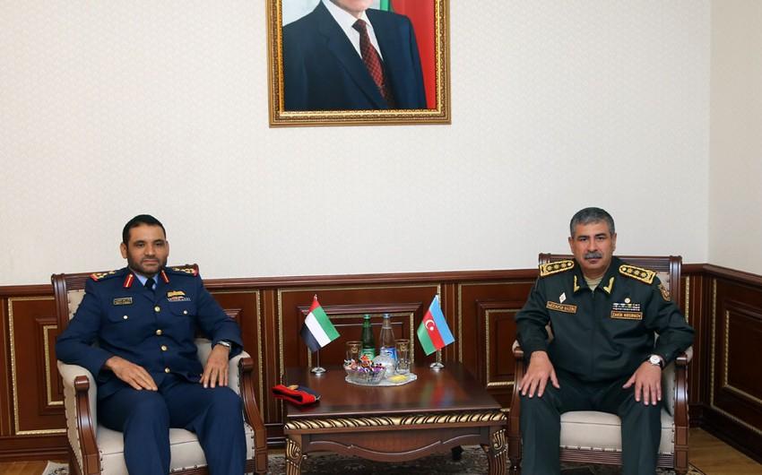 Zakir Həsənov BƏƏ generalı ilə görüşüb