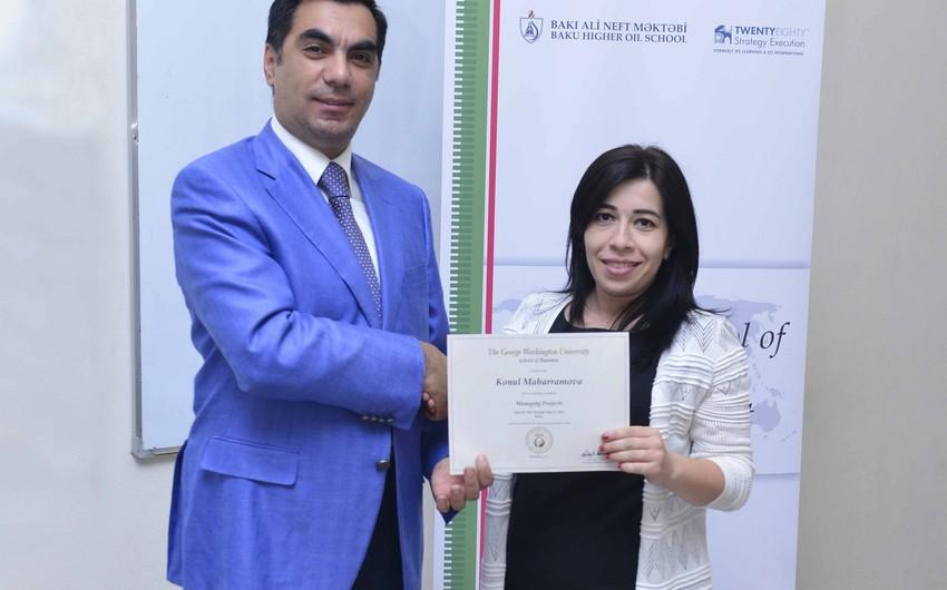 Bakı Ali Neft Məktəbində SPM-in sertifikatları təqdim olunub