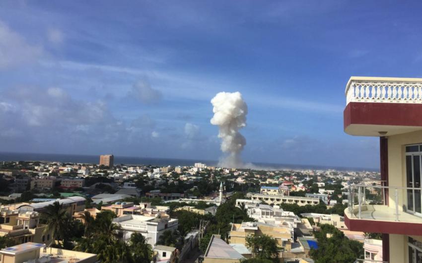 Somalidə hava limanında güclü partlayış baş verib