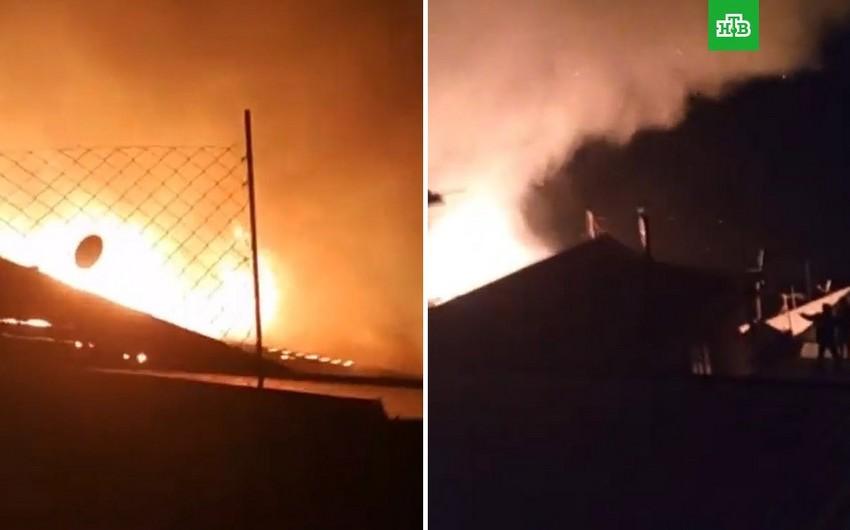 Dağıstanda yanğın nəticəsində 30 ev yanıb - VİDEO