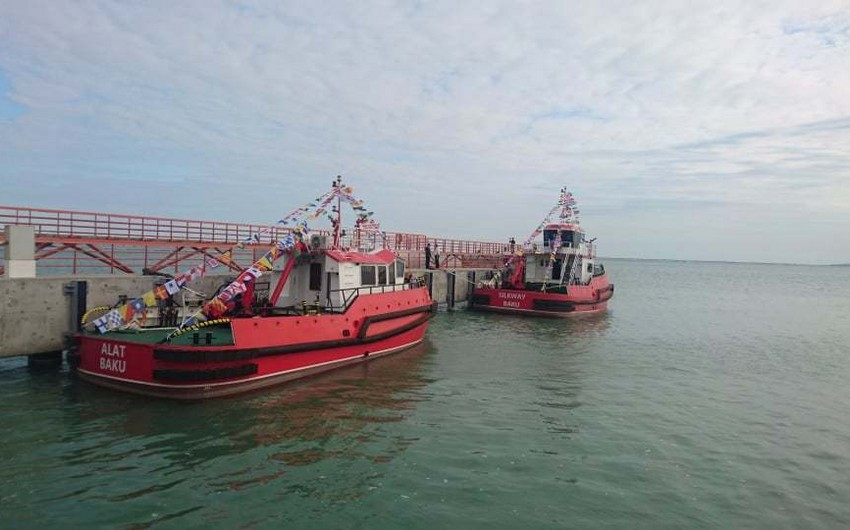 Bakı Limanında iki ədəd yeni yedək gəmisinin istismarına başlanılıb