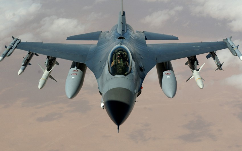 Azerbaijani, Turkish fighter aircrafts to fly over Ganja