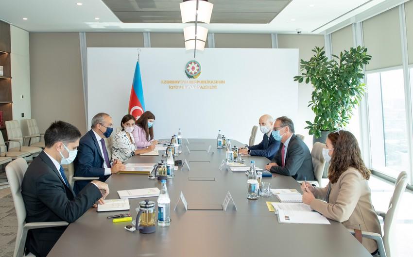 Azərbaycan və EBRD yeni investisiya layihələrini müzakirə edib