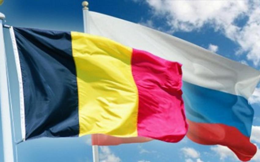 Belçika bir rusiyalı diplomatı ölkəsindən çıxaracaq