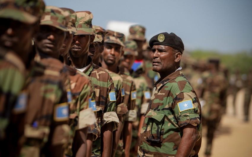 Somalidə terrorçular hərbi bazaya hücum edib, 27 əsgər ölüb