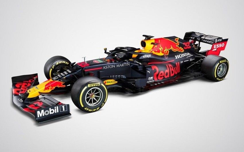 Red Bull yeni bolidini təqdim etdi - FOTOLAR