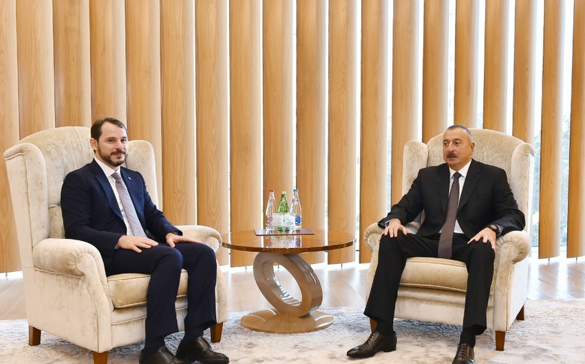 President Ilham Aliyev met with Turkish minister of energy and natural resources