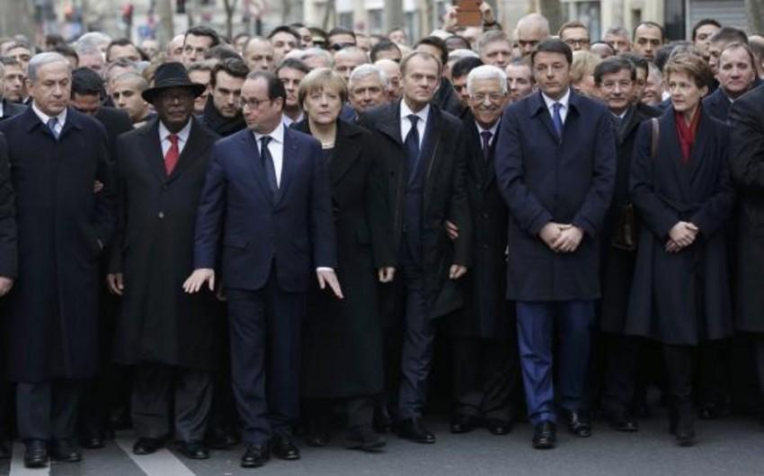 Parisdə izdihamlı Birlik Yürüşü başa çatıb