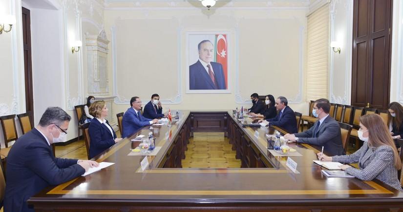 Kamran Əliyev Türkiyənin Baş Ombudsmanı ilə görüşüb