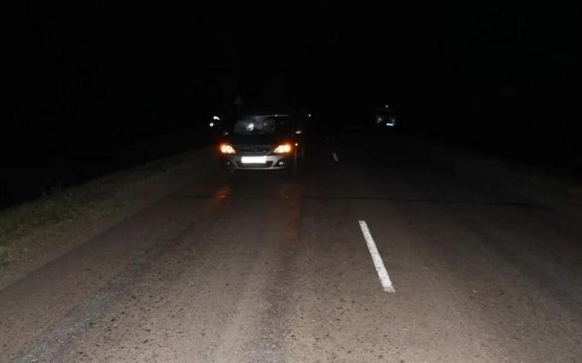 Yevlaxda avtomobilin vurduğu piyadanı digər avtomobil 40 metr sürüyüb - YENİLƏNİB