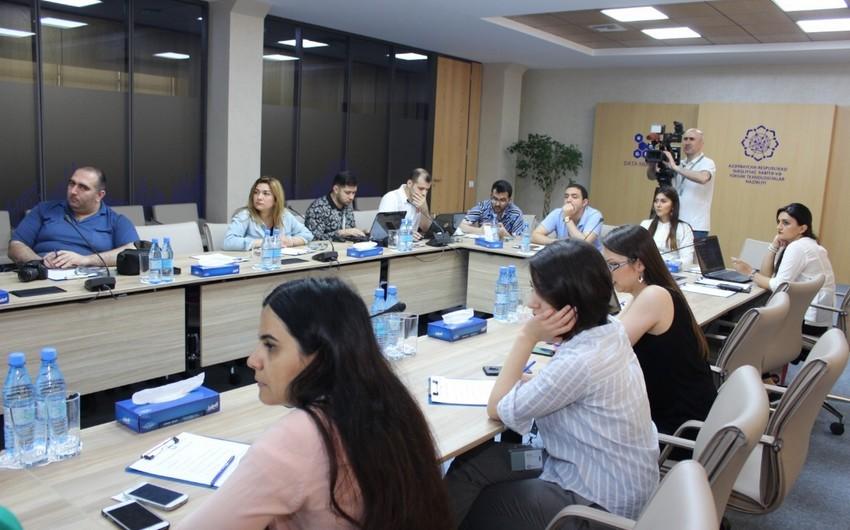 Представители СМИ ознакомились с Дата-центром AzInTelecom