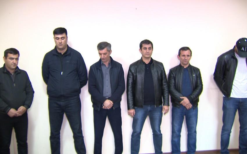 В Баку оштрафованы шестеро работников кафе за нарушение карантина