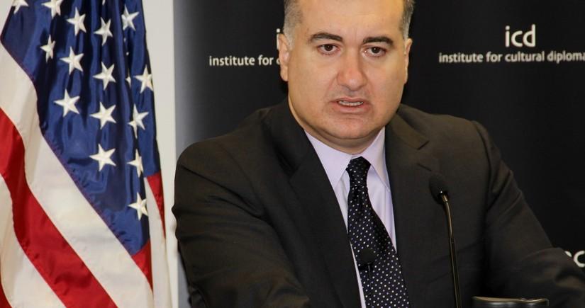 Элин Сулейманов: Последние действия Армении наносят удар по переговорам