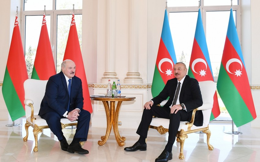 Aleksandr Lukaşenko Prezident İlham Əliyevə telefonla zəng edib