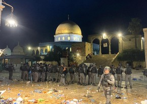 East Jerusalem clashes leave about 200 injured