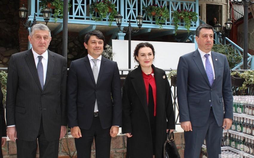 Fuad Muradov Gürcüstanın dövlət naziri ilə görüşüb - FOTO