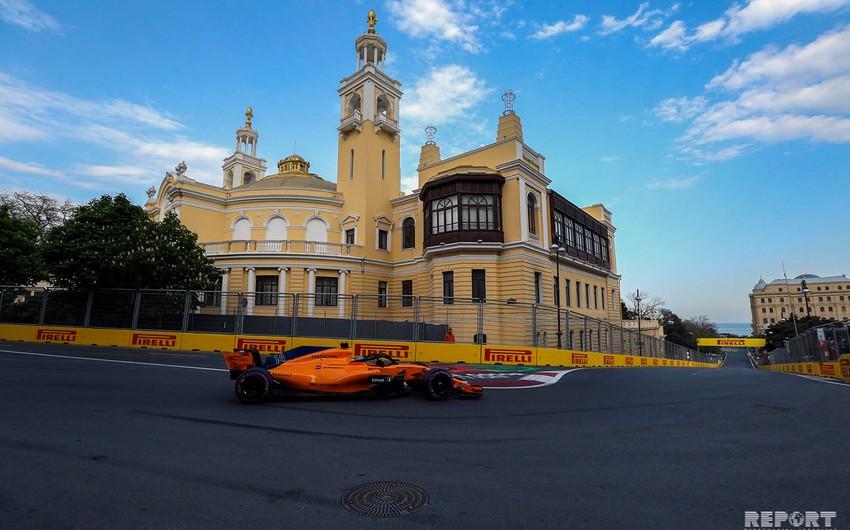 Formula 1in Bakıdakı sıralama turundan görüntülər - FOTOREPORTAJ