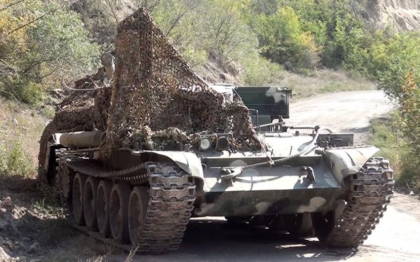 Qubadlı istiqamətində döyüşlərdə düşmənin atıb qaçdığı hərbi texnikaların videogörüntüsü