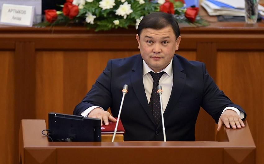 Qırğızıstan parlamentinin sədri Azərbaycana səfərə gəlib