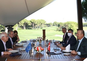 Turkish FM meets with EU foreign policy chief