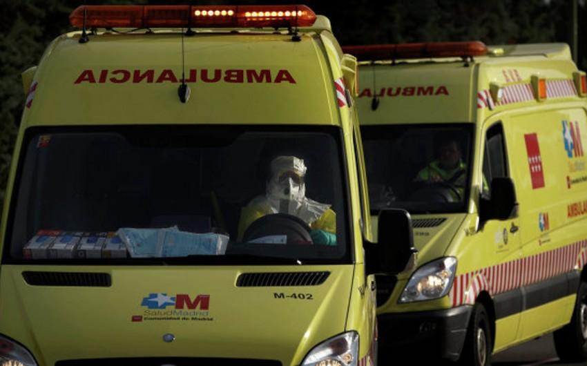 İspaniyada avtobusla yük avtomobili toqquşub, 2 nəfə ölüb, 49 nəfər xəsarət alıb