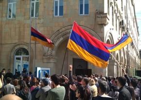 Ermənistanda qızıl mədəninin işçiləri etiraz aksiyası keçiriblər