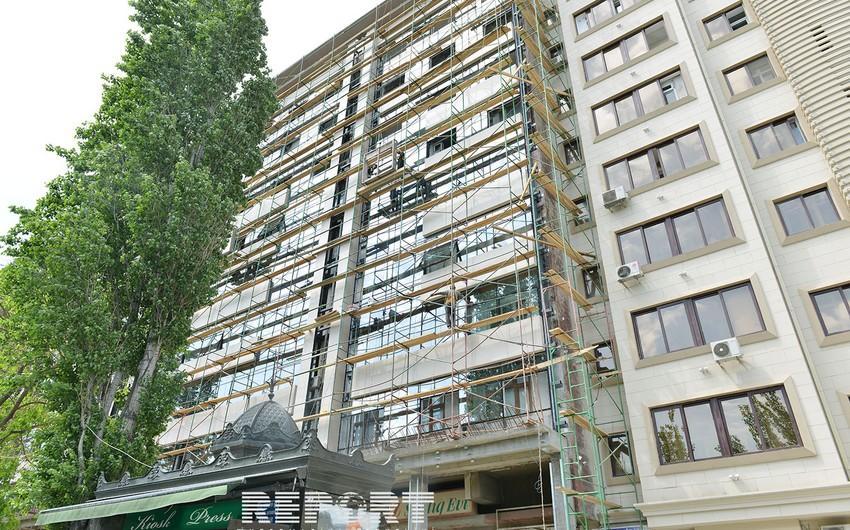 Bakıda binaların üzlənməsi üçün yeni materiallardan istifadə olunmağa başlanılıb - FOTO