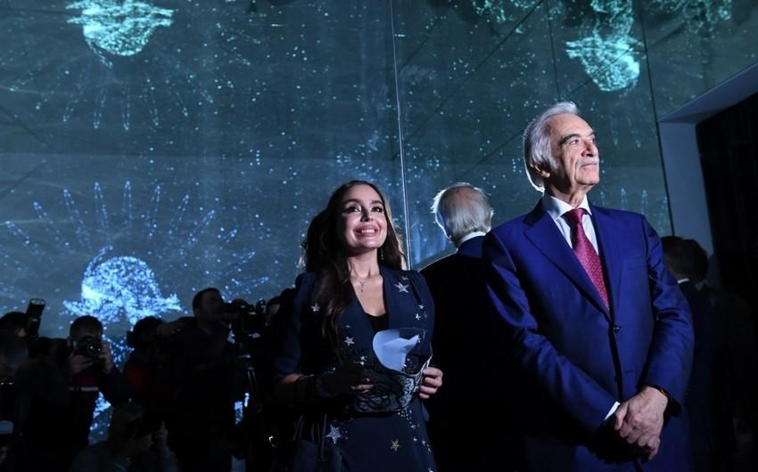 Leyla Əliyeva VIII Moskva Beynəlxalq Müasir İncəsənət Biennalesinin açılışında iştirak edib - FOTO