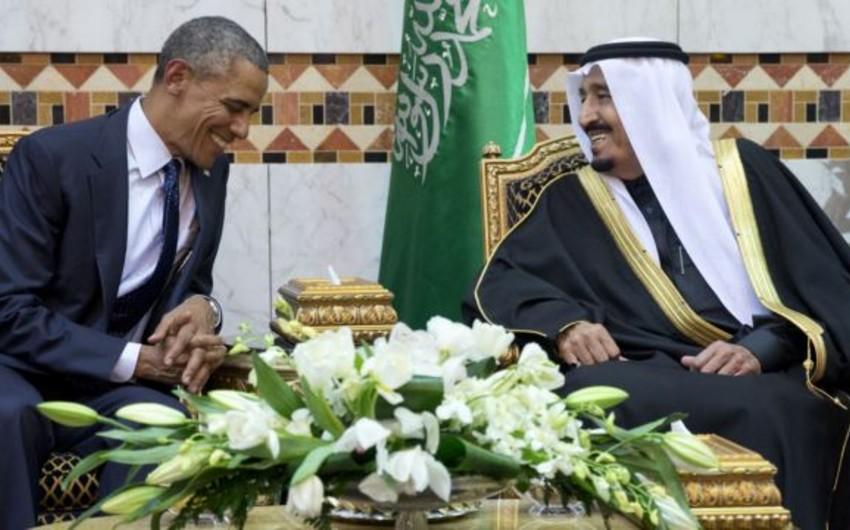 Barak Obama Səudiyyə kralı ilə neft bazarında vəziyyəti müzakirə edib
