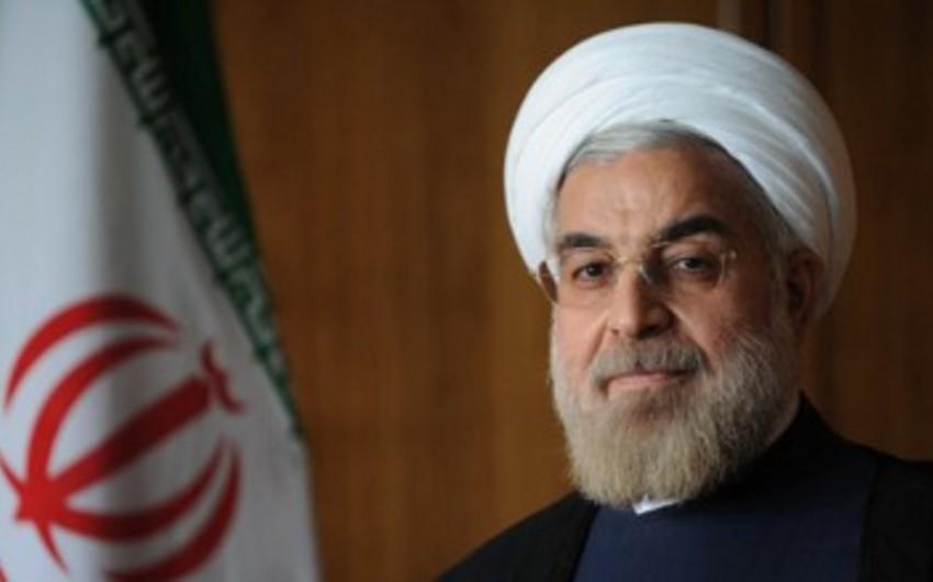 Həsən Ruhani: ABŞ-ın BHTP-dən çıxması terrorizmdir