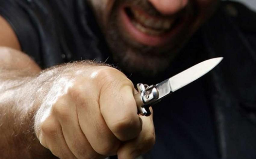 Qaradağda dost dostunu bıçaqlayaraq xəstəxanaya aparıb