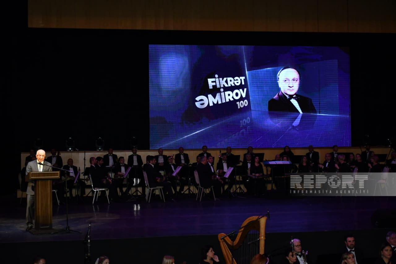 Zarema Salihova və Leonid Fedu